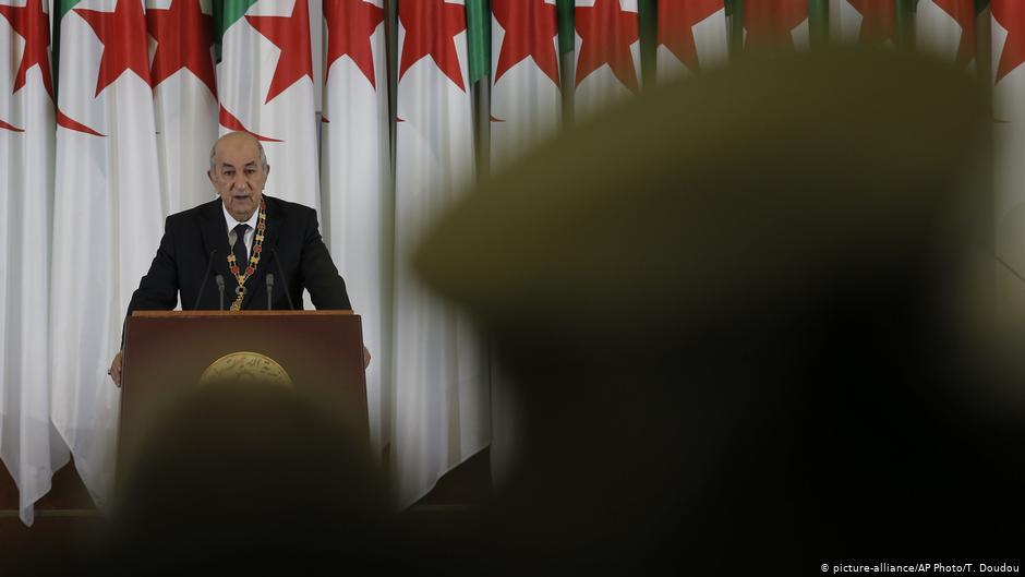 الجزائر: الارتجال ساهم في تحويل سوء التدبير الى هذيان