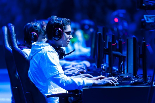 """League of Legends"": l'e-sport à son nec plus ultra !"
